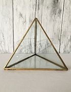 Terrarium Pyramid Shape Gold